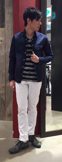 デニムシャツで春をGETスタイル